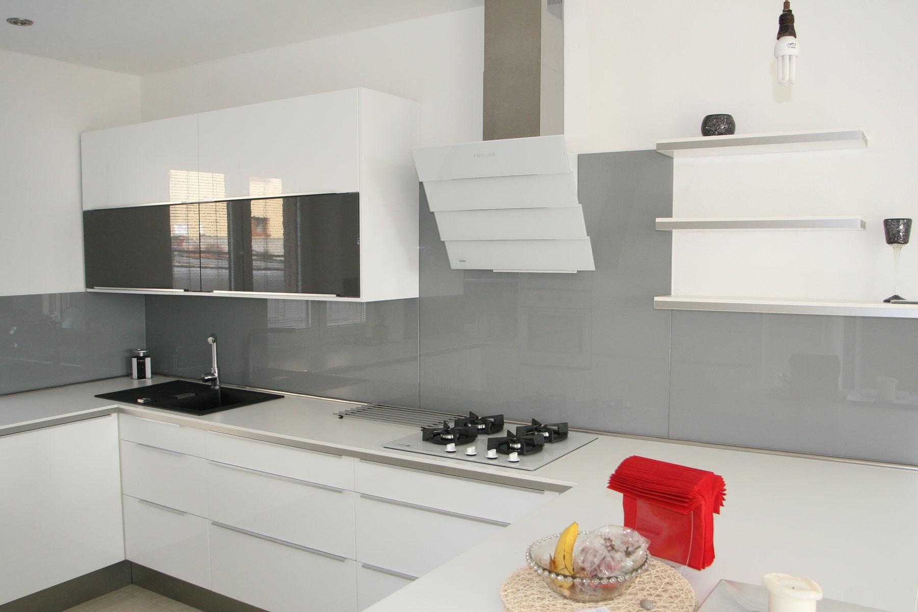 Sklenarstvi-Prerost-obklady- za-kuchynske- linky (36)