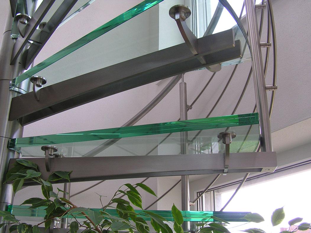 Sklenarstvi-Prerost-schody-a- pochozi-sklo (14)