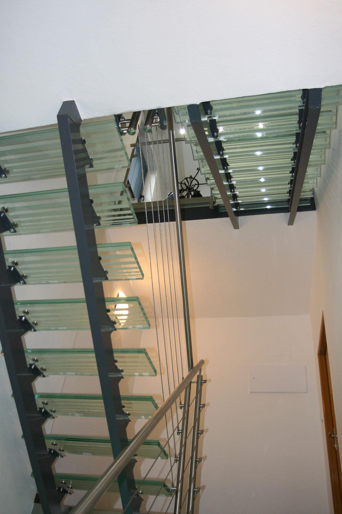 Sklenarstvi-Prerost-schody-a- pochozi-sklo (20)