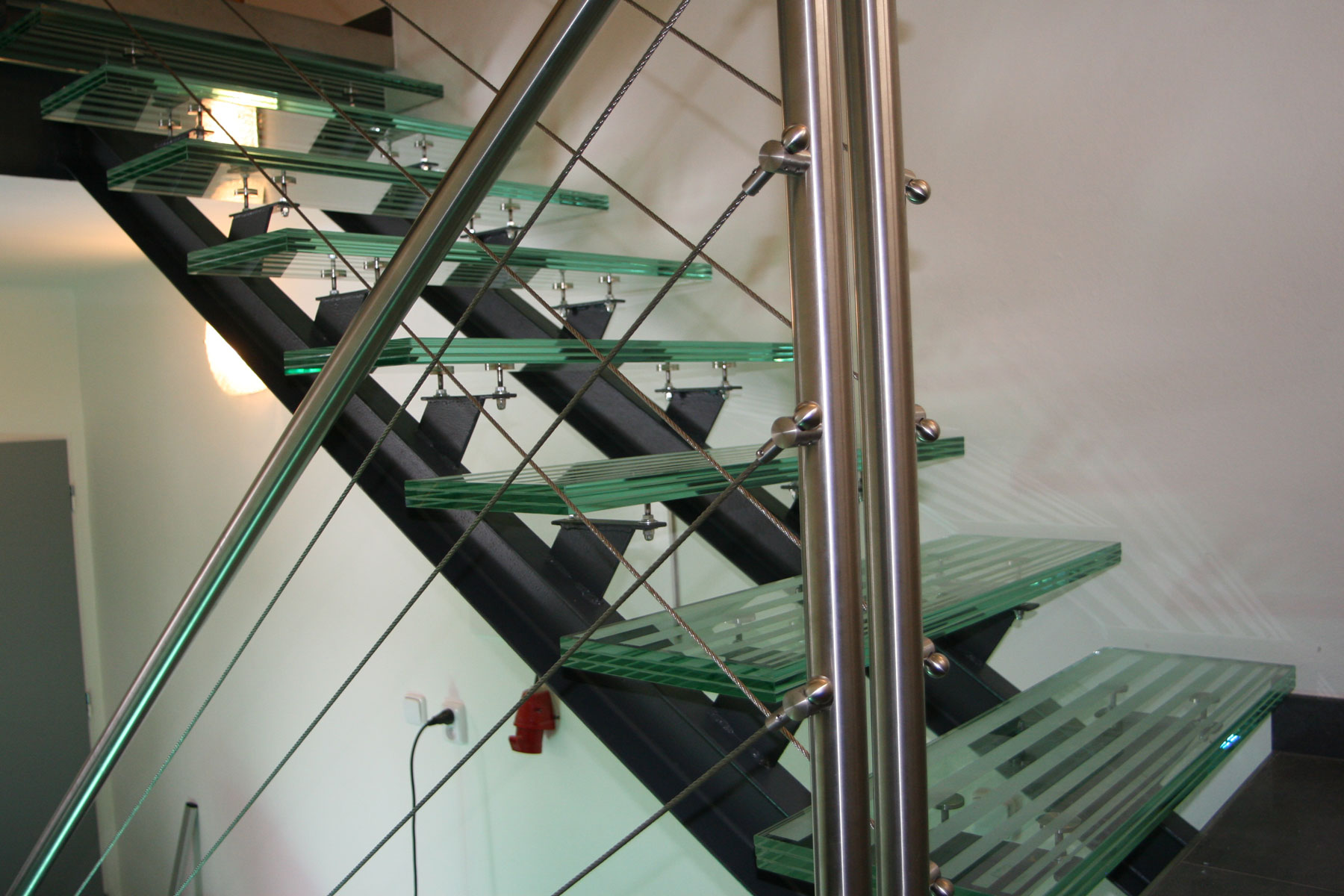 Sklenarstvi-Prerost-schody-a- pochozi-sklo (22)