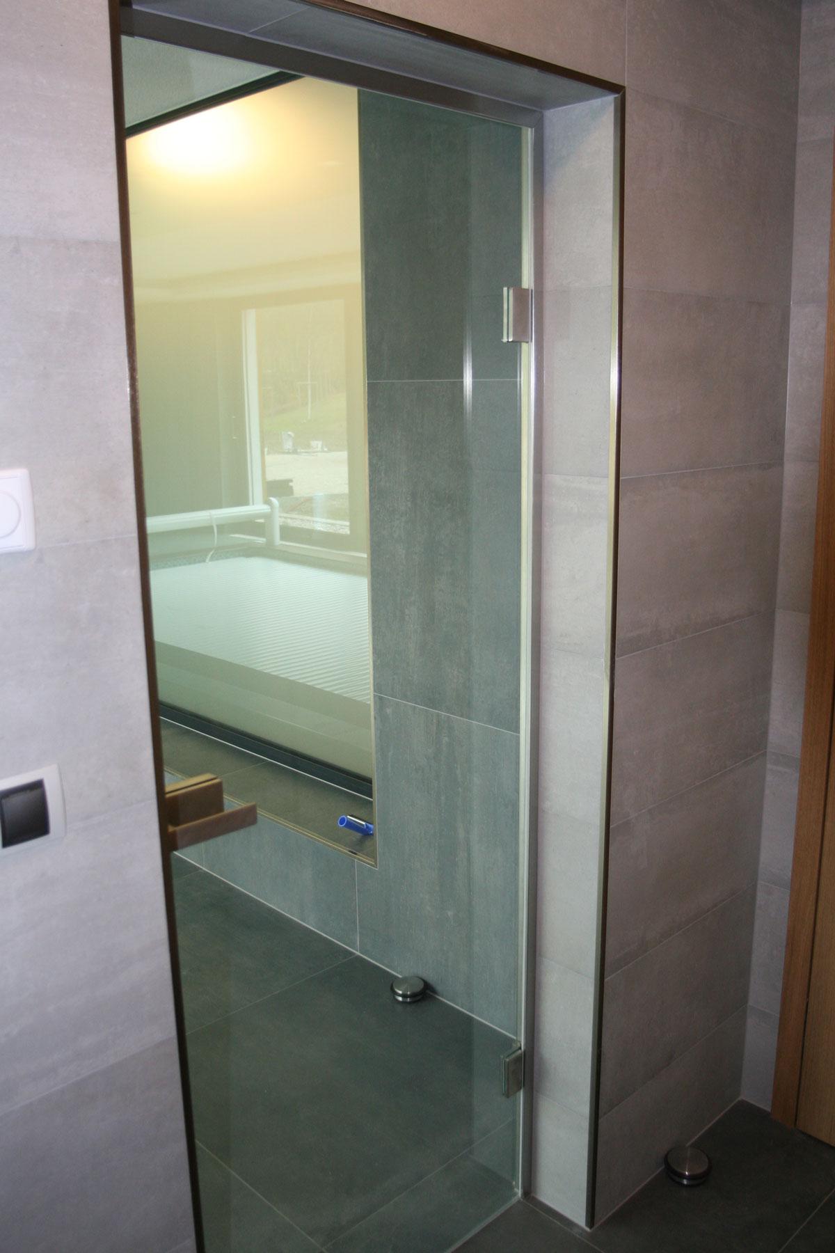 Sklenarstvi-Prerost-sklenene- steny-a-dvere (12)