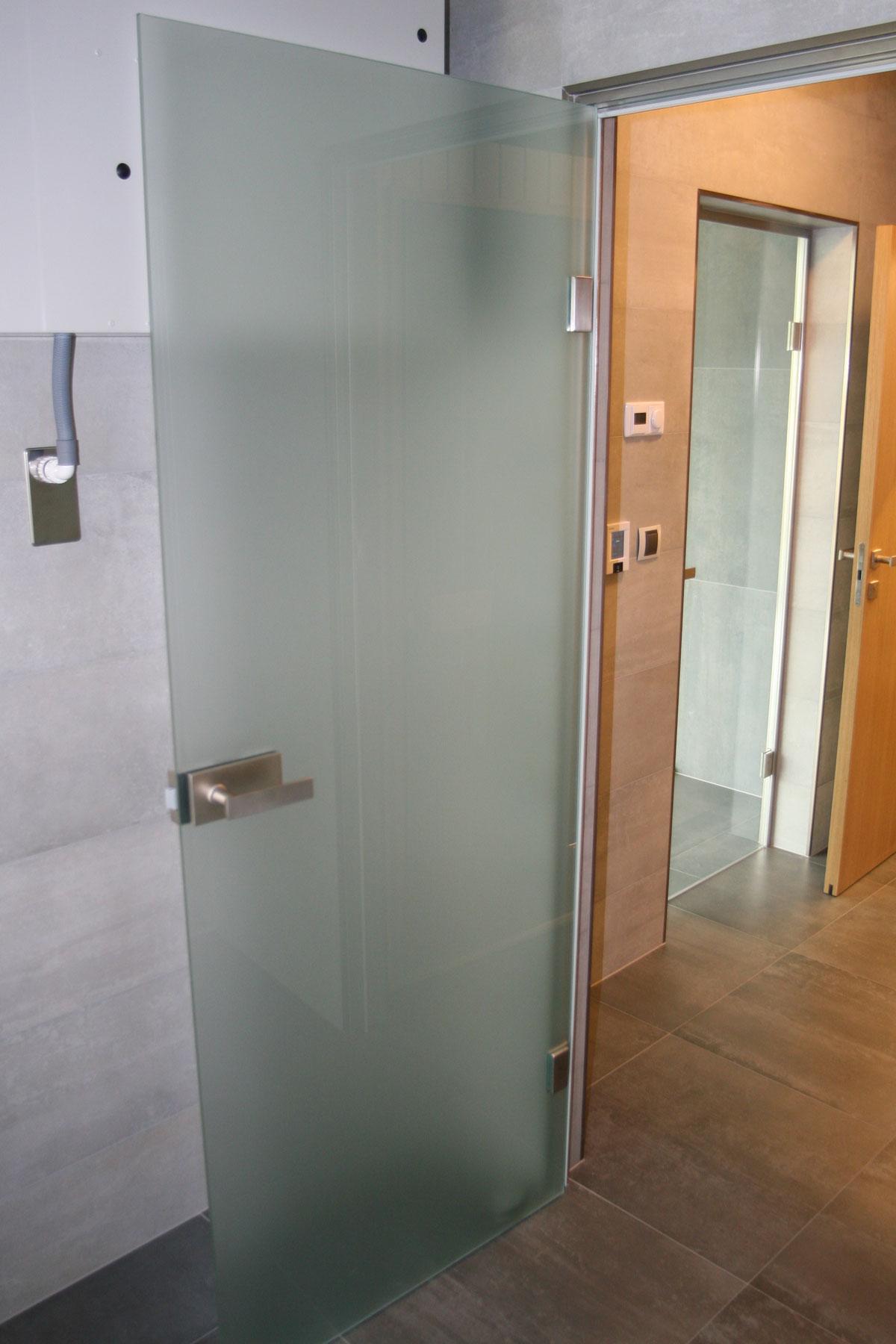 Sklenarstvi-Prerost-sklenene- steny-a-dvere (17)