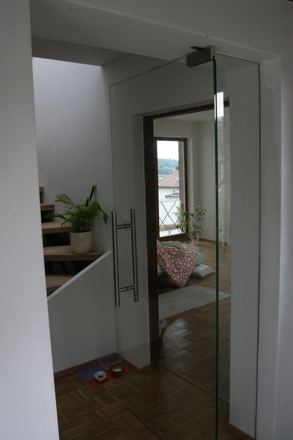 Sklenarstvi-Prerost-sklenene- steny-a-dvere (22)