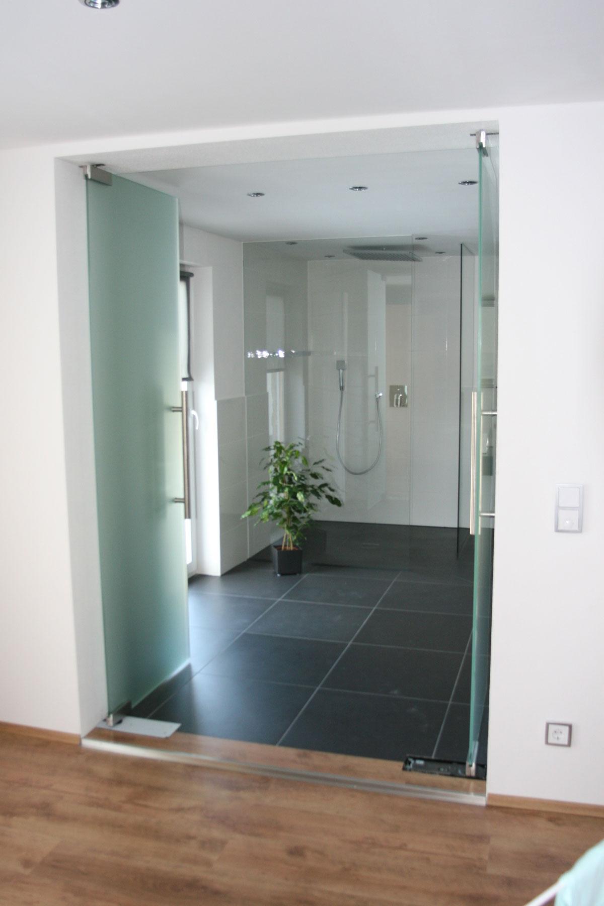 Sklenarstvi-Prerost-sklenene- steny-a-dvere (32)
