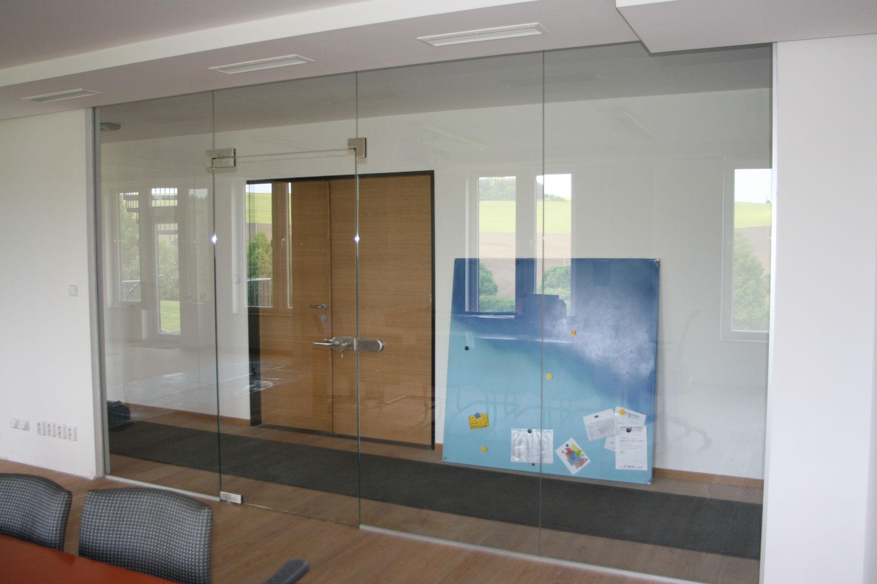 Sklenarstvi-Prerost-sklenene- steny-a-dvere (4)