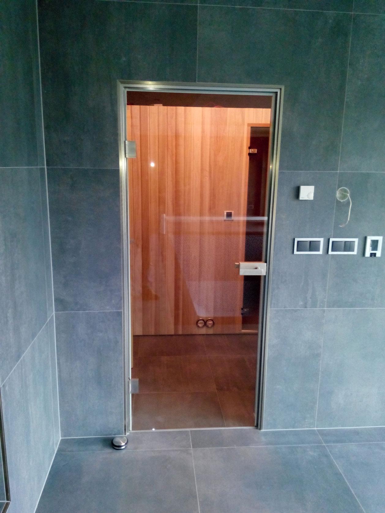 Sklenarstvi-Prerost-sklenene- steny-a-dvere (44)