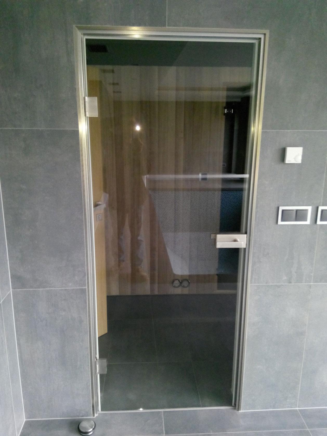 Sklenarstvi-Prerost-sklenene- steny-a-dvere (45)