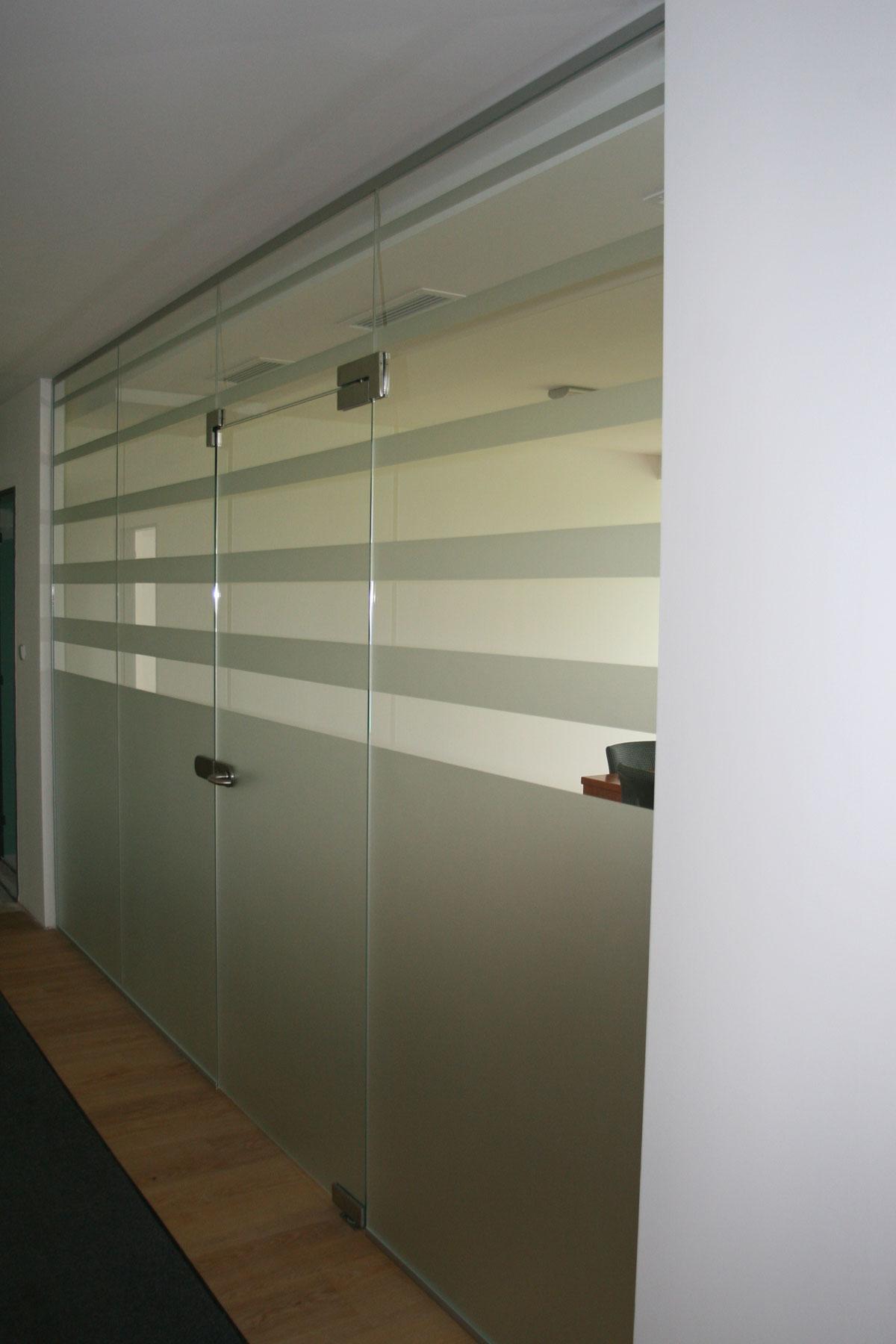 Sklenarstvi-Prerost-sklenene- steny-a-dvere (50)