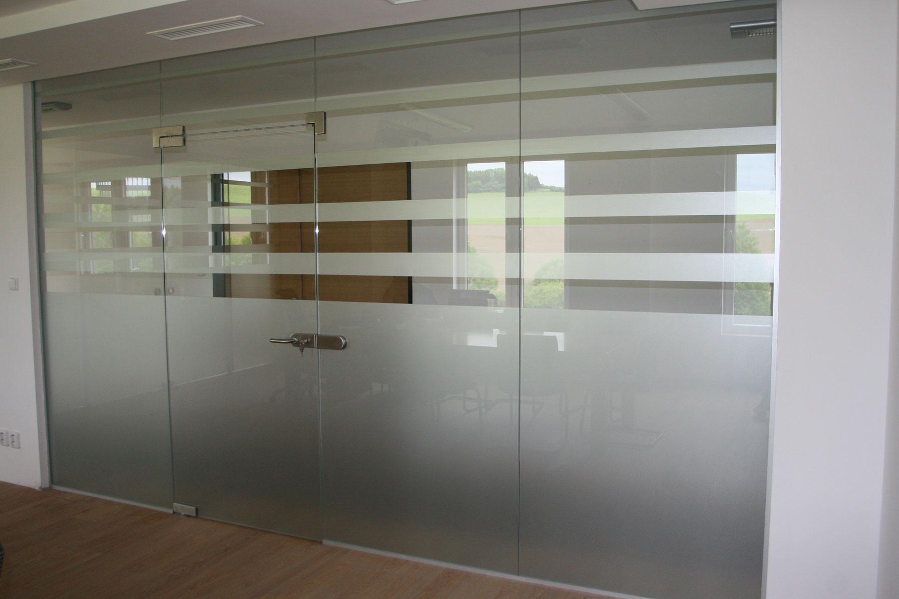 Sklenarstvi-Prerost-sklenene- steny-a-dvere (51)
