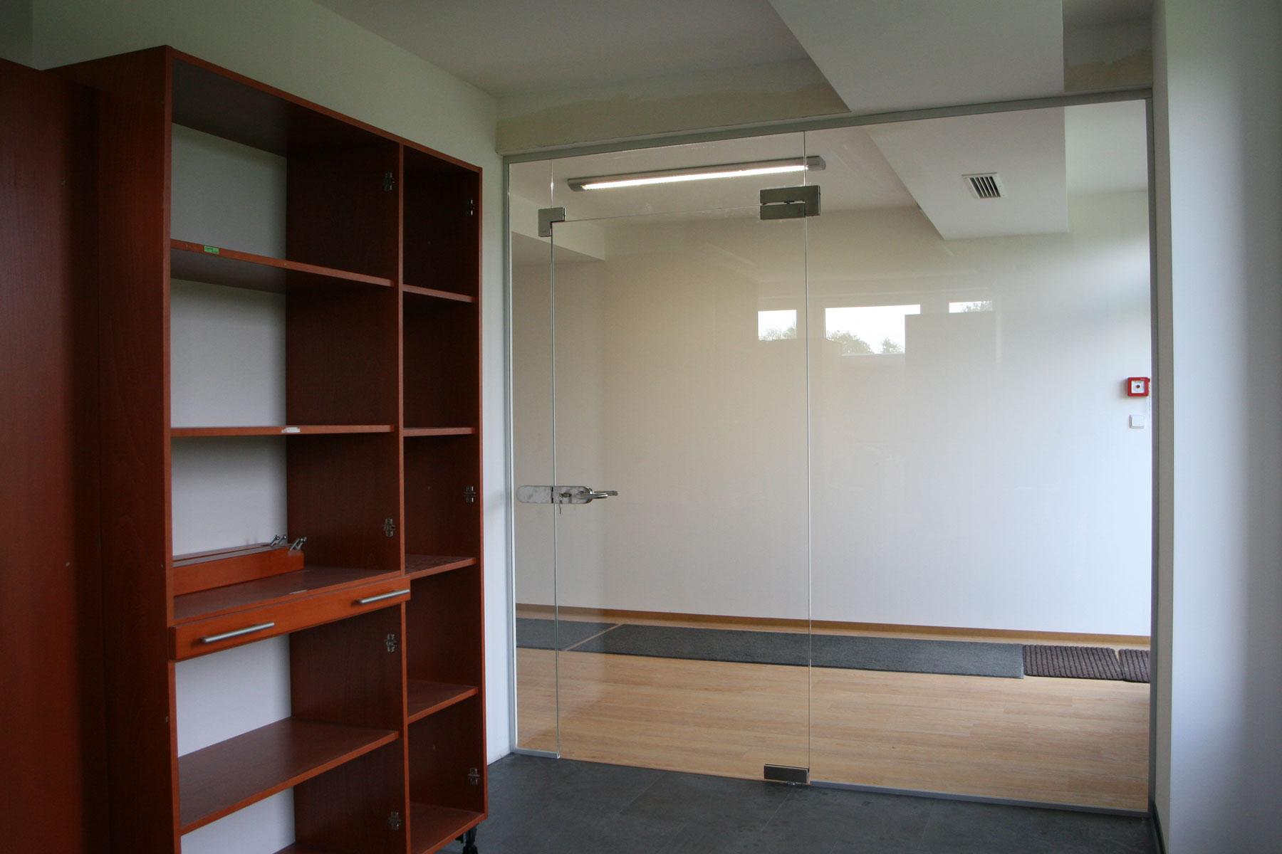 Sklenarstvi-Prerost-sklenene- steny-a-dvere (54)