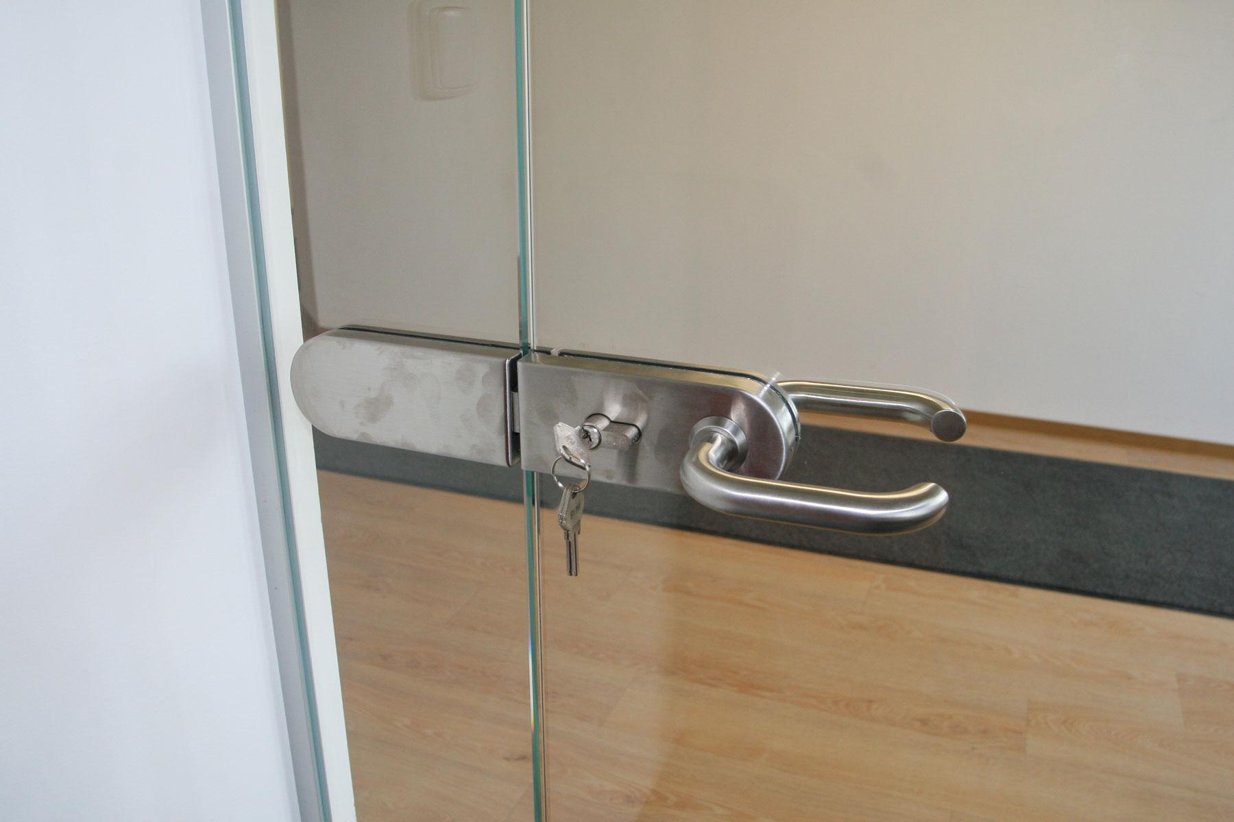 Sklenarstvi-Prerost-sklenene- steny-a-dvere (55)
