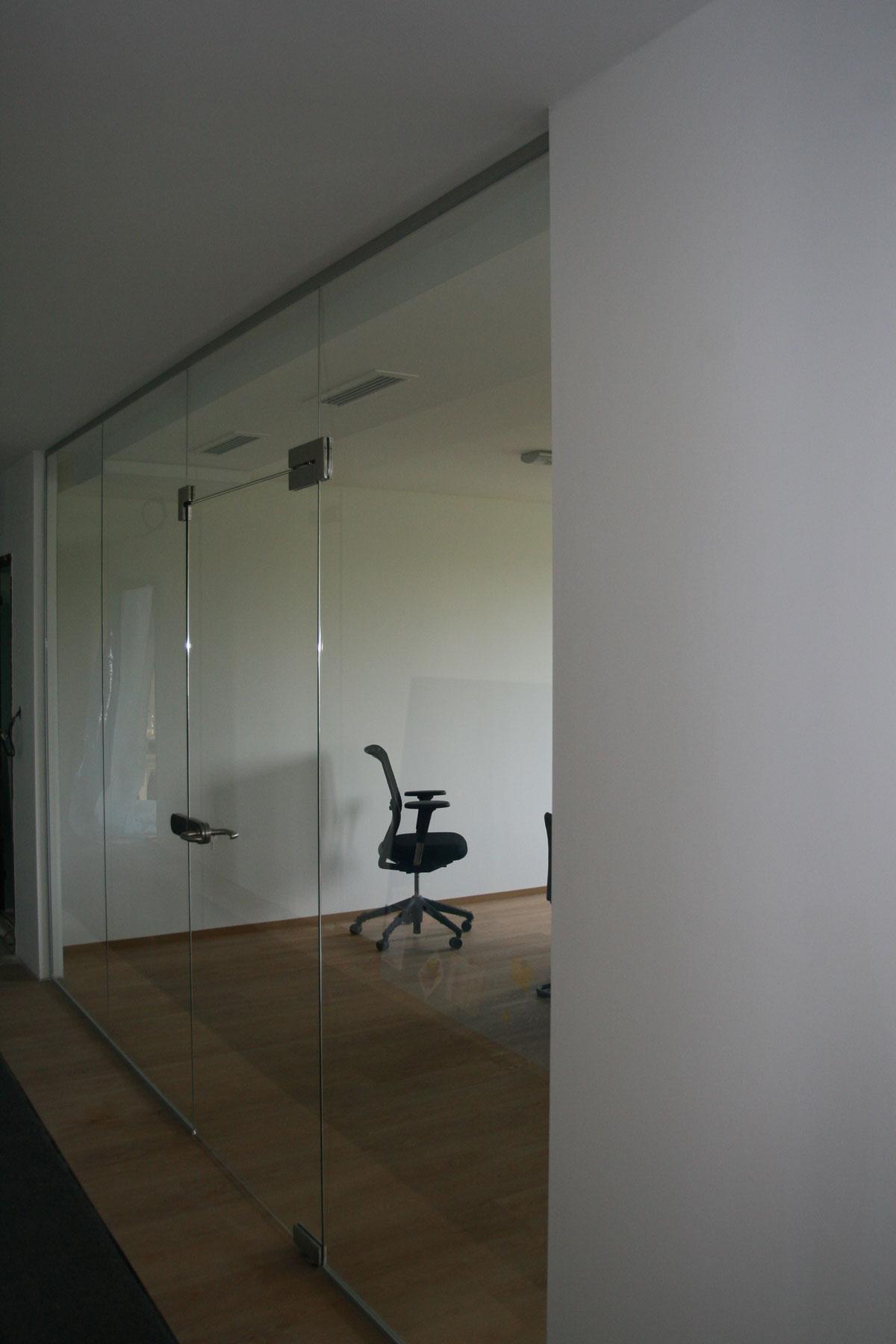 Sklenarstvi-Prerost-sklenene- steny-a-dvere (56)
