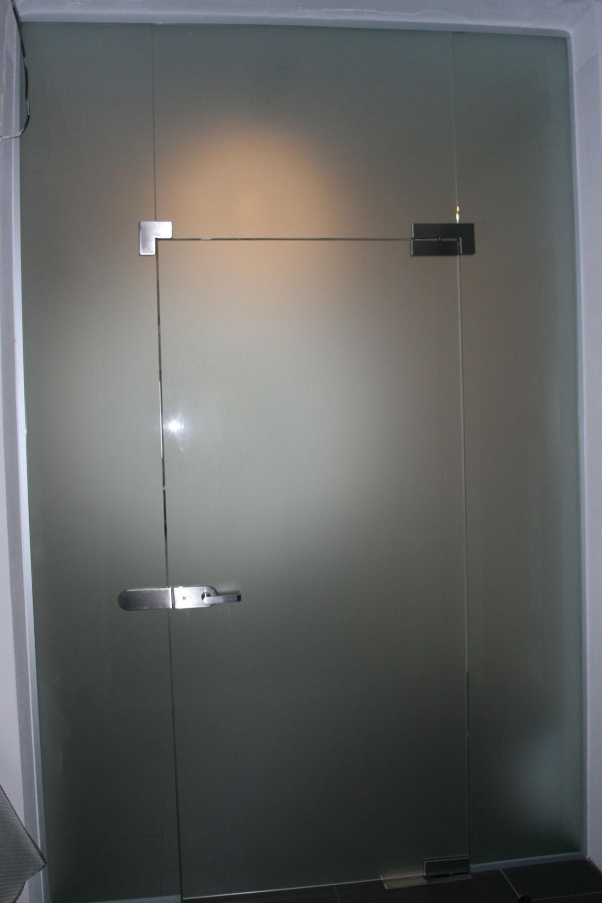Sklenarstvi-Prerost-sklenene- steny-a-dvere (58)