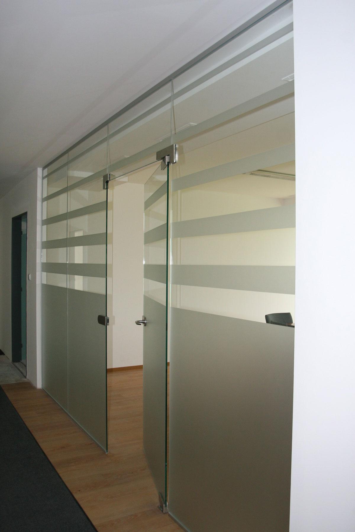 Sklenarstvi-Prerost-sklenene- steny-a-dvere (6)