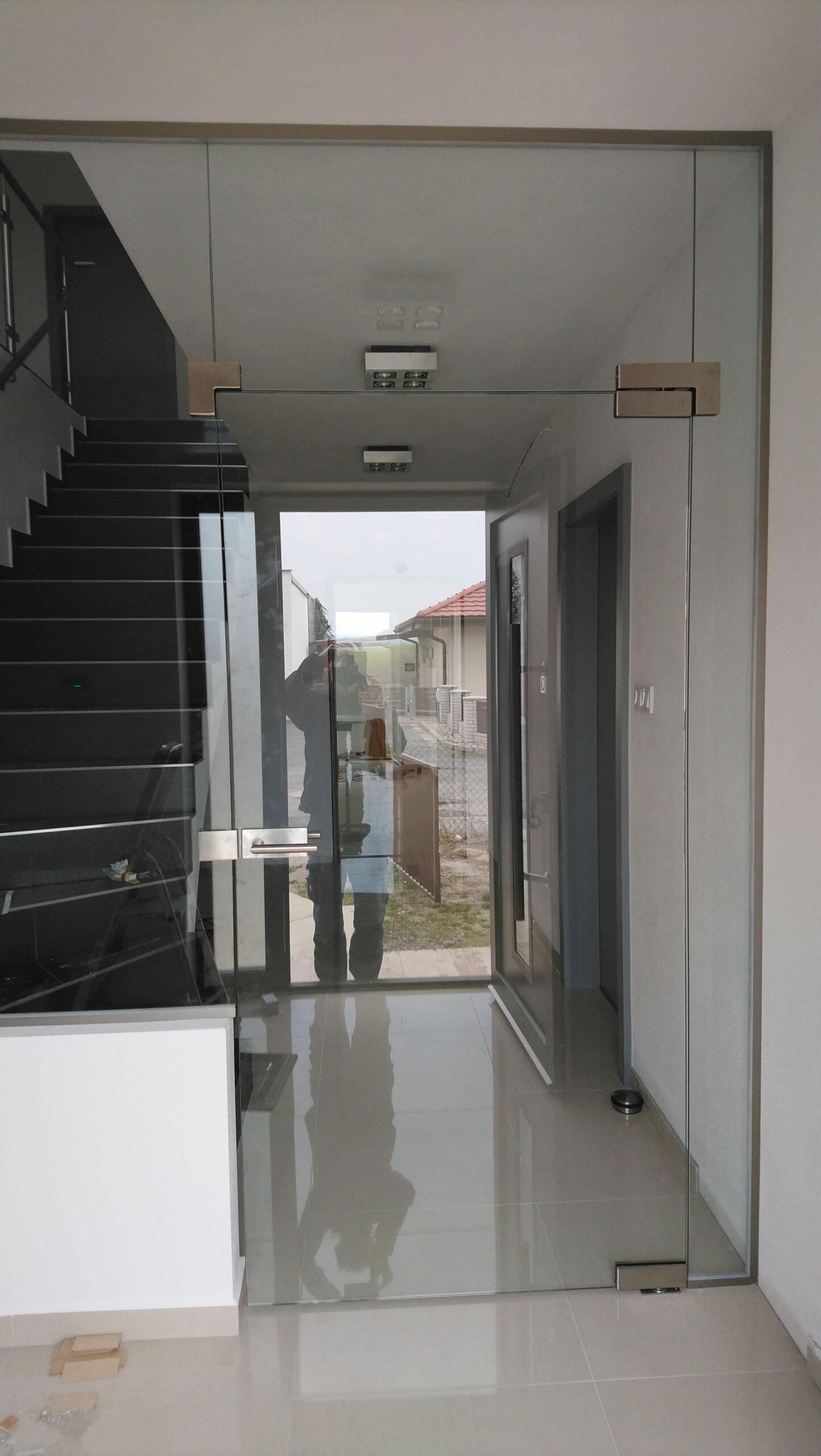 Sklenarstvi-Prerost-sklenene- steny-a-dvere (70)