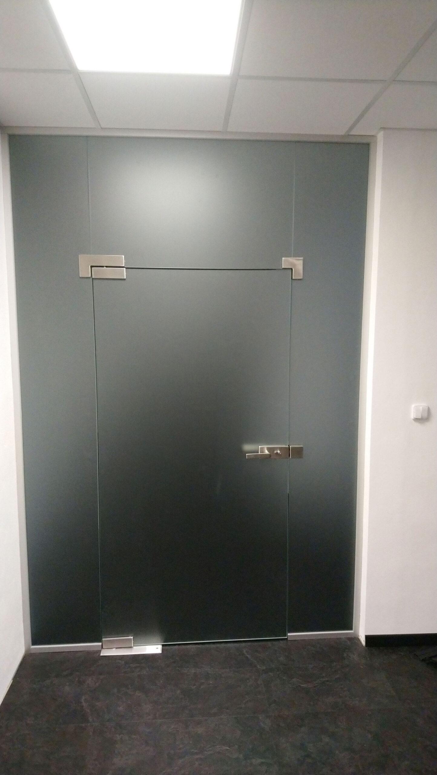 Sklenarstvi-Prerost-sklenene- steny-a-dvere (72)