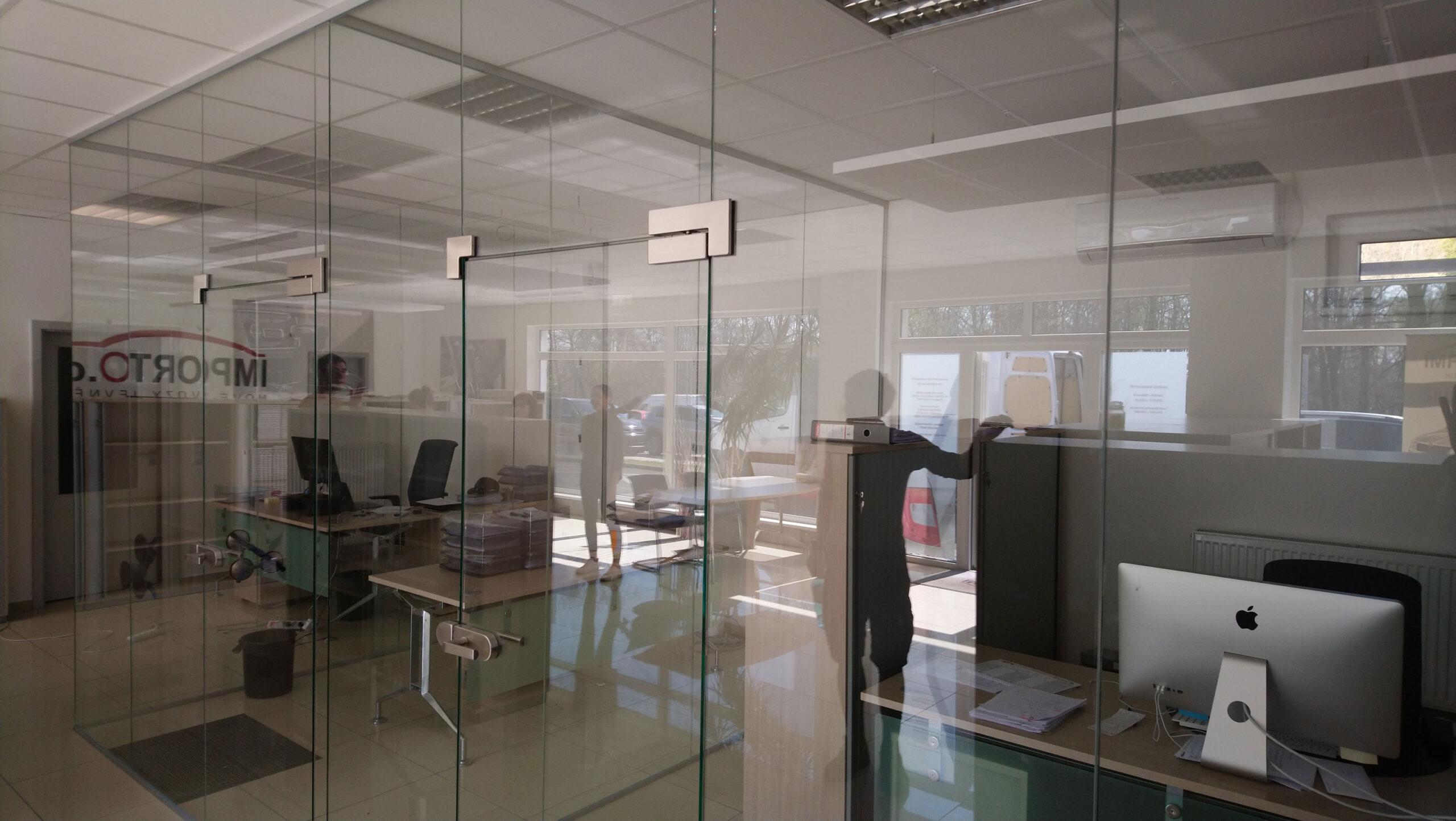 Sklenarstvi-Prerost-sklenene- steny-a-dvere (8)