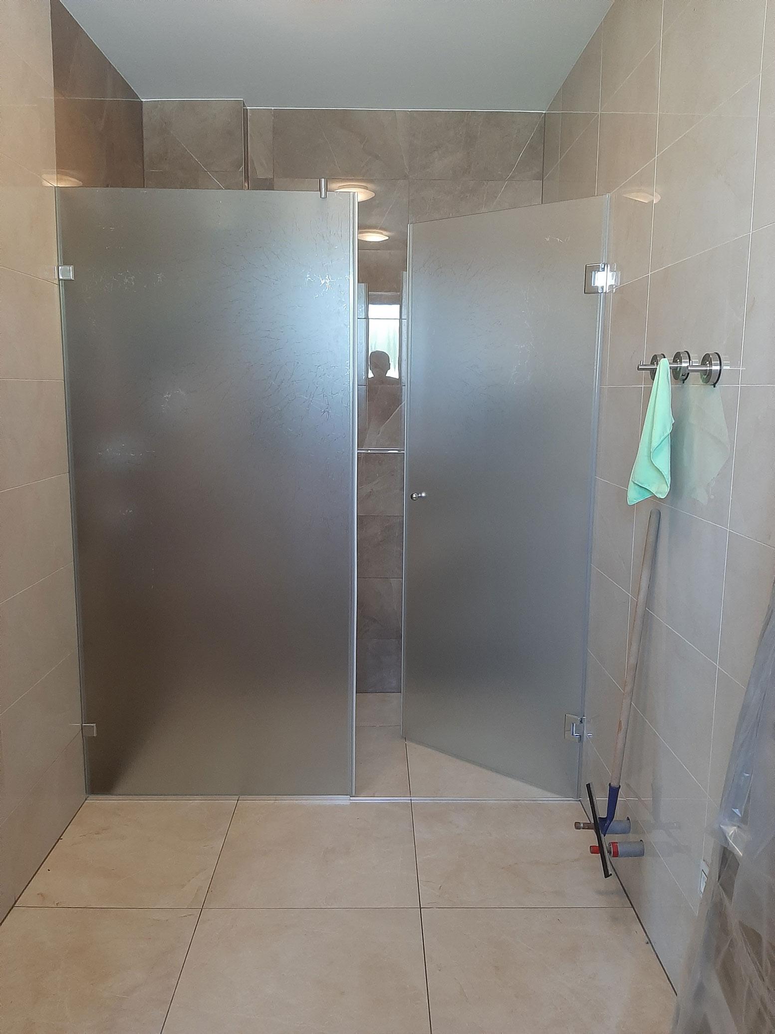 Sklenarstvi-Prerost-sprchove- kouty-a-sprchy (1)