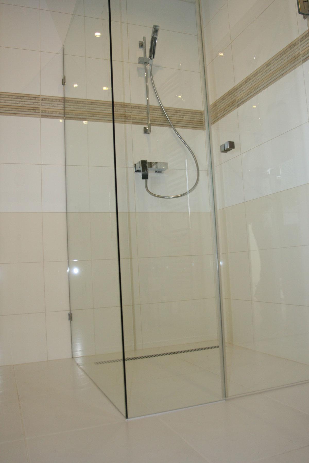 Sklenarstvi-Prerost-sprchove- kouty-a-sprchy (38)