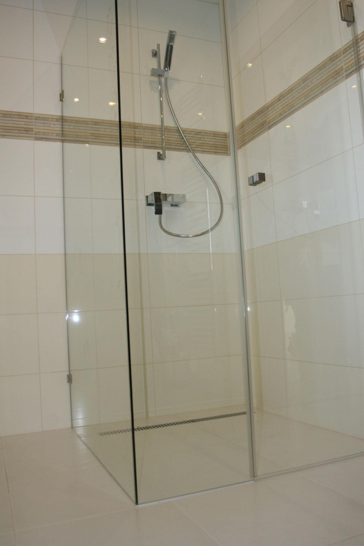 Sklenarstvi-Prerost-sprchove- kouty-a-sprchy (39)