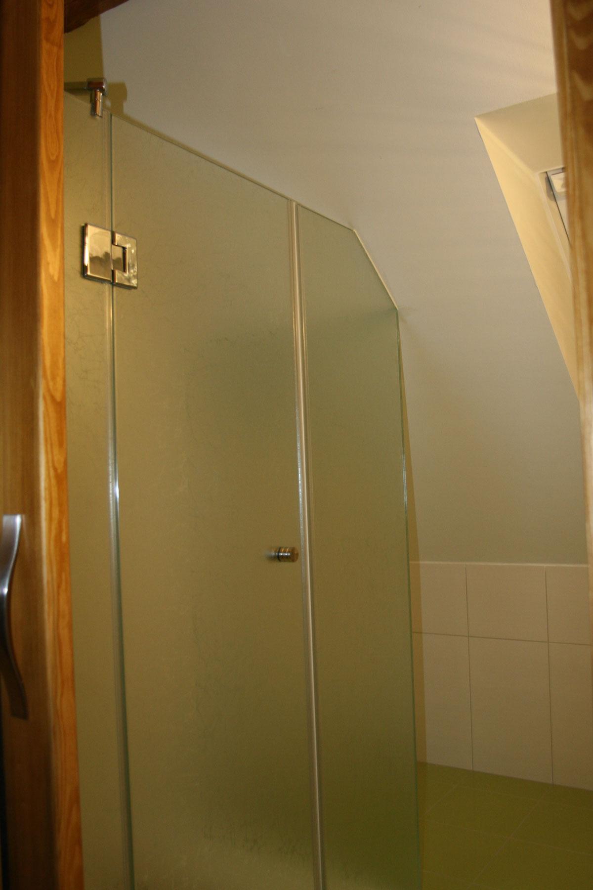 Sklenarstvi-Prerost-sprchove- kouty-a-sprchy (55)
