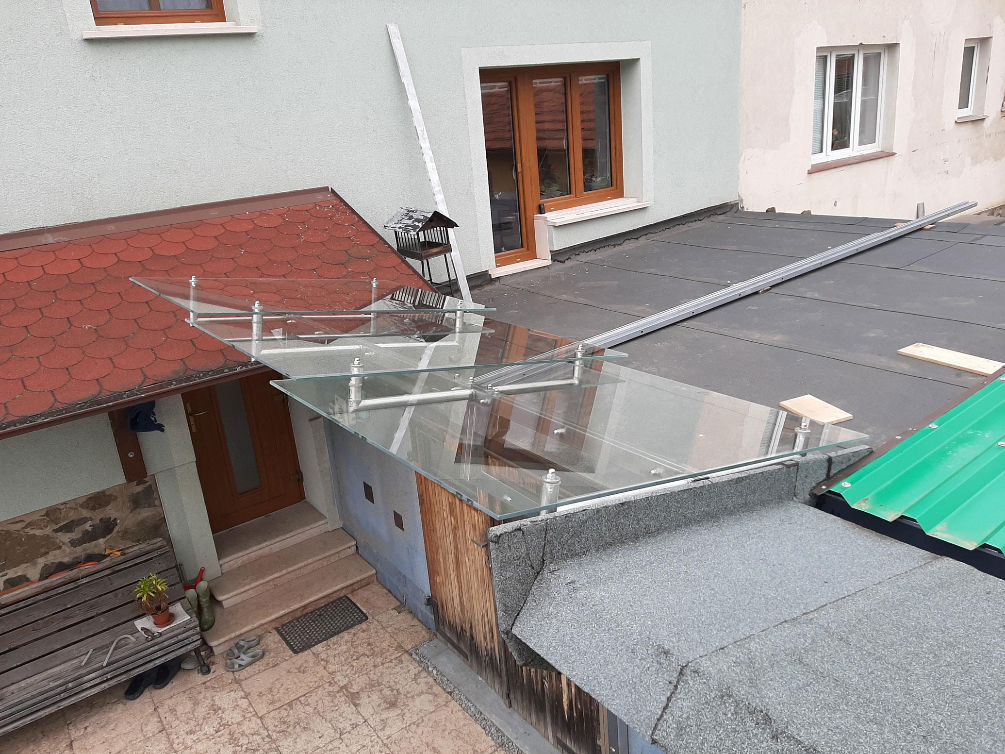 Sklenarstvi-Prerost-strechy-a- pristresky (3)