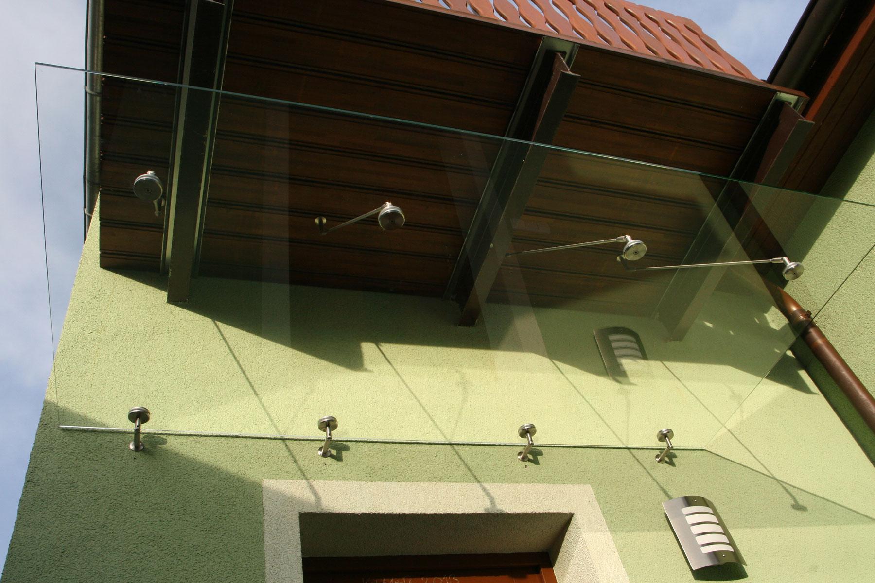 Sklenarstvi-Prerost-strechy-a- pristresky (37)
