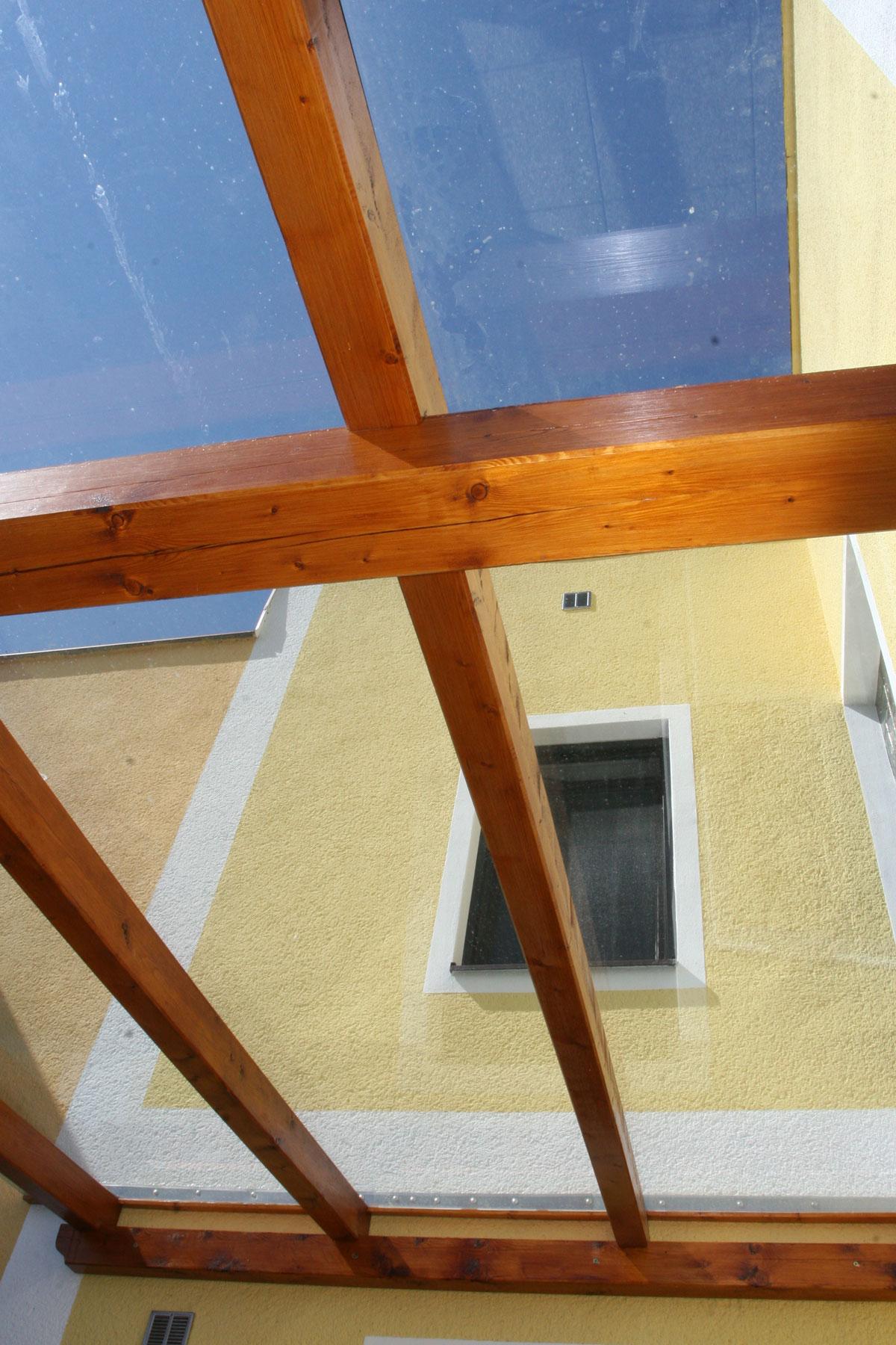 Sklenarstvi-Prerost-strechy-a- pristresky (45)