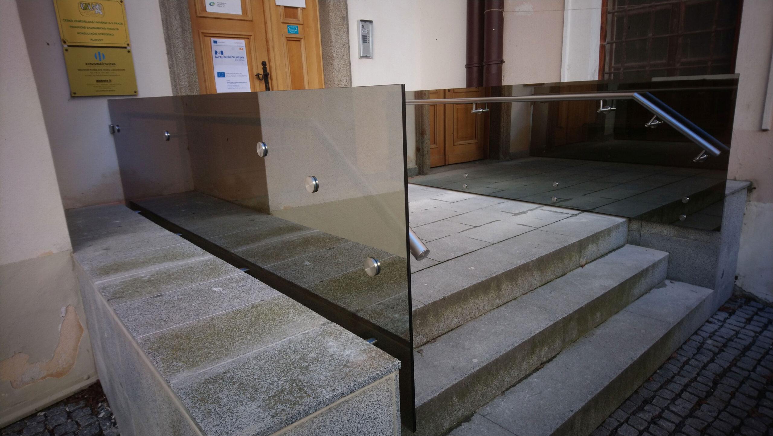 Sklenarstvi-Prerost-venkovni- sklenene-zabradli (10)